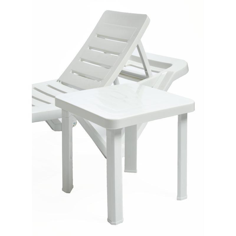 tables d 39 appoint pour chaise longue resol. Black Bedroom Furniture Sets. Home Design Ideas
